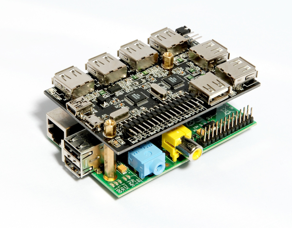 UUGear's First Product:  7-Port USB Hub for Raspberry Pi
